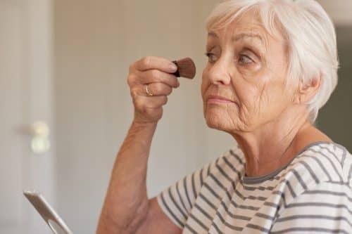 Выбор возрастной косметики