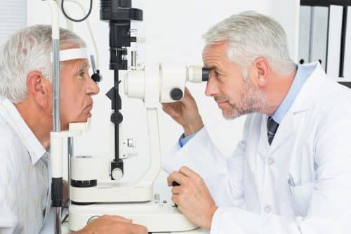 Боли в голове при катаракте