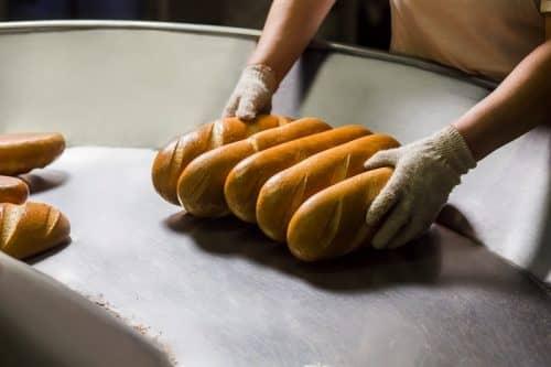 В хлебе нет пользы