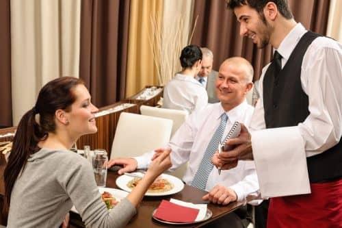Как общаться с официантом