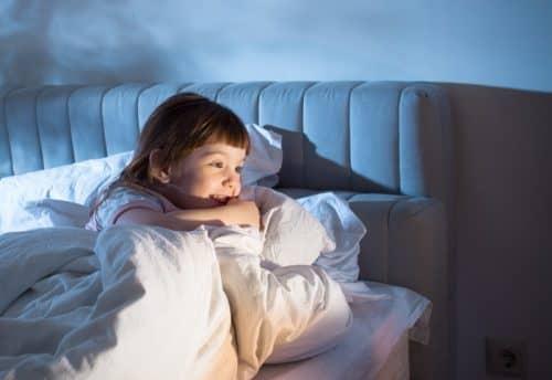 Почему ребенок не хочет спать