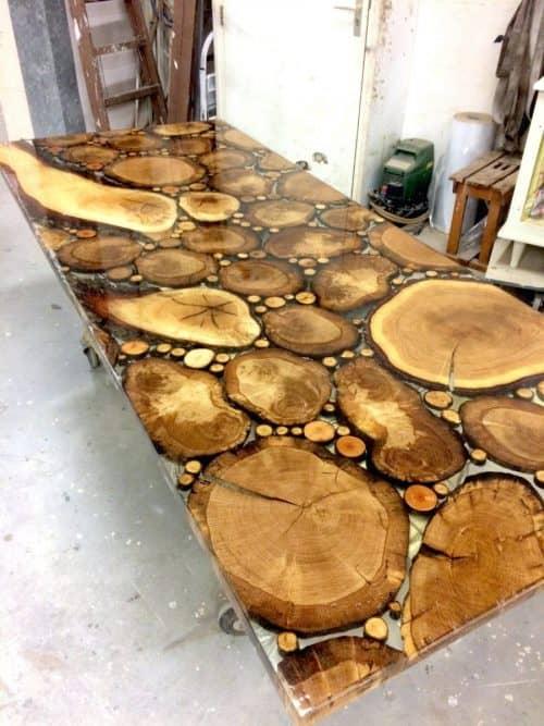 Как сделать стол из дерева?