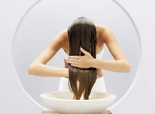 Температура воды при мытье волос