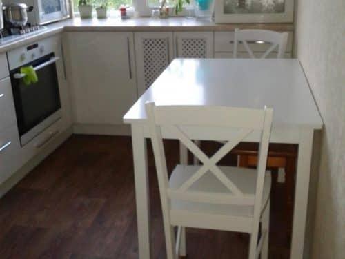 Выбор стола для маленькой кухни